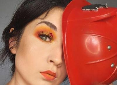 Zabawki dzieci i makijaż da się połączyć- Pani Strażak jak tralala