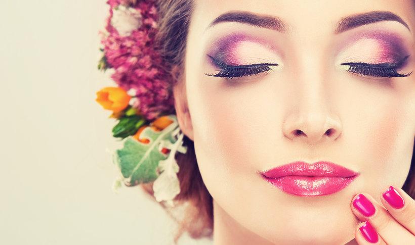 13 trików kosmetycznych, które odmienią Twoje życie!