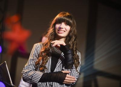 Viki Gabor świętuje urodziny i zdradza szczegóły nowego albumu