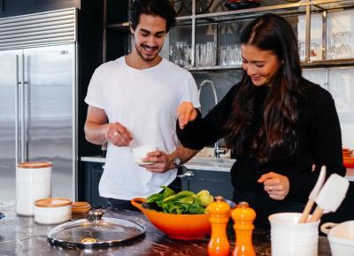 Jak myć owoce i warzywa? Pomocne wskazówki nie tylko w czasie kwarantanny