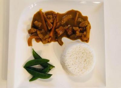 Przepisy kulinarne- Kurczak z kurkumą w mleku kokosowym / ryż jaśminowy / groszek cukrowy | Kreatyvna