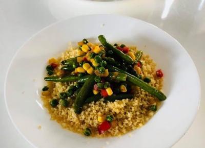 Przepisy kulinarne - Szybki kuskus po wegetariańsku - Zdrowy obiad w 30 minut | Kreatyvna