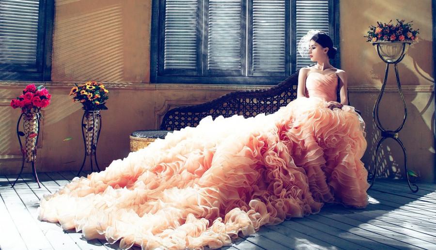 Jaka powinna być idealna sukienka na studniówkę? Długa czy krótka?
