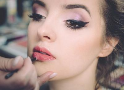 Jak zrobić idealną kreskę eyelinerem? Mamy dla was bezcenne wskazówki