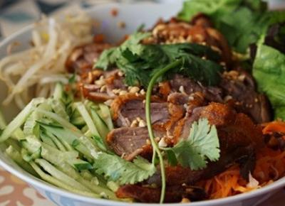 Azjatycka Saska Kępa - recenzja Viet Street Food - Kulinarnie Niepoważni