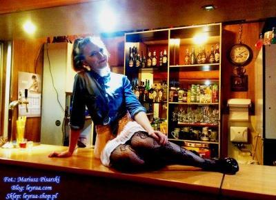 7.11.17 Koszula jeansowa, mini spódnica pastelowy róż, koronkowe rajstopy, szpilki czarne na platformie, Klub Związkowiec | Blog Fashion and Beauty - Personal by Leyraa