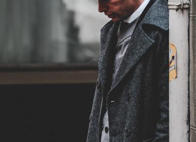 Stylizacja w stylu Peaky Blinders – najgorętszy trend w świecie męskiej mody | Blog Fashion and Beauty - Personal by Leyraa
