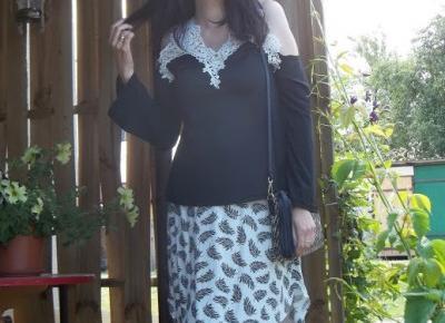 Biała koronka :) moja ulubiona bluzka :)