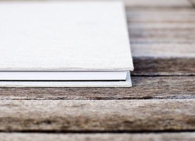 Słowa zapisane na papierze, coś więcej niż ekran. | blomatt blog
