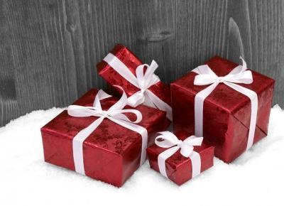 Poradnik prezentowy cz. 3 – pomysły na prezenty niekosmetyczne dla Niej