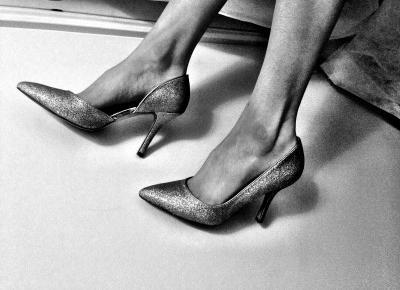 Buty damskie - co powinno się znaleźć w garderobie każdej kobiety?