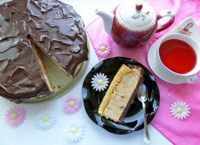 Sernik waniliowy z kajmakiem i polewą czekoladową na zimno – przepis
