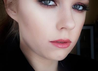 Kobiecy makijaż  | Michalina Zawalska