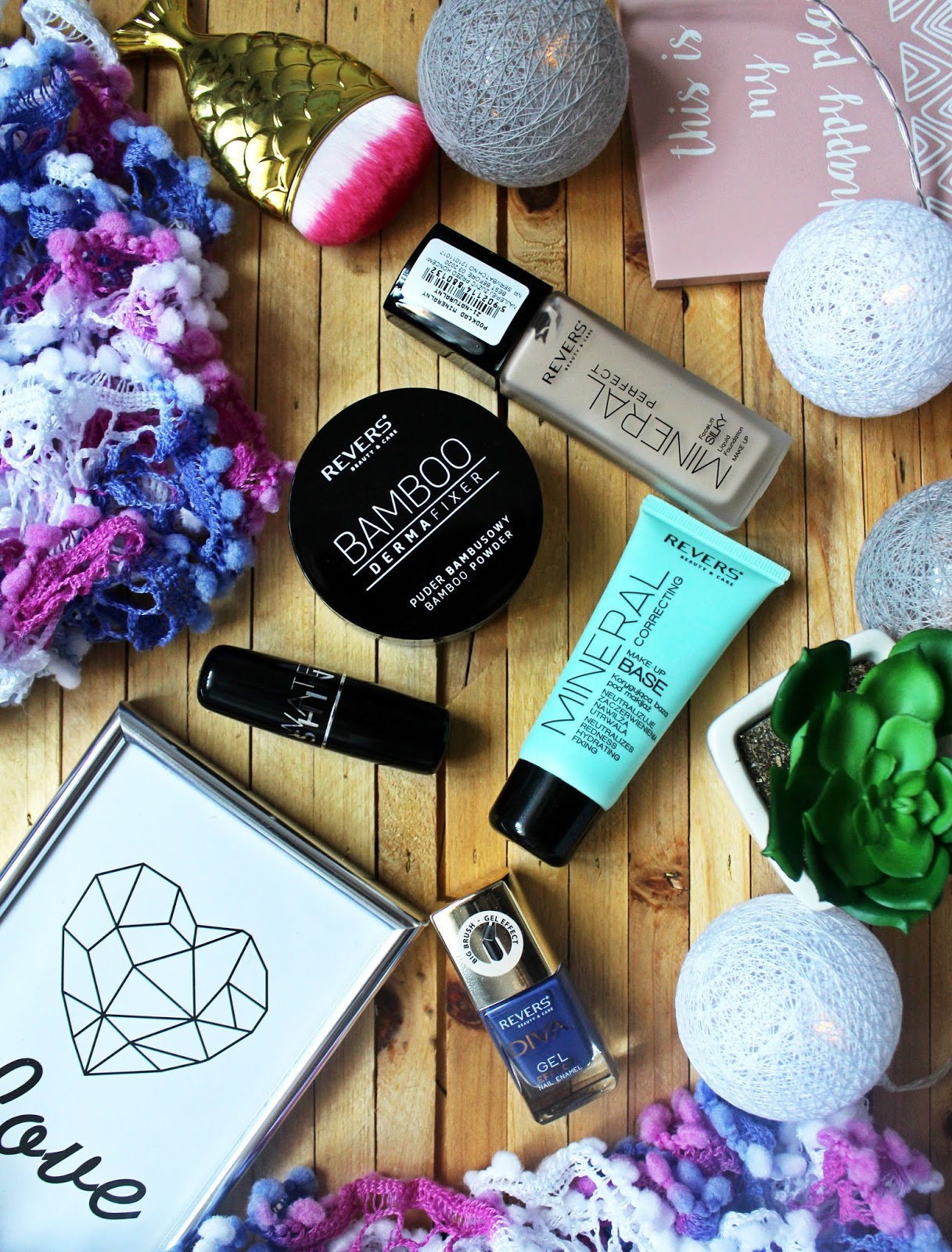 Revers cosmetics  - Czy warto kupować tanią kolorówkę? - .