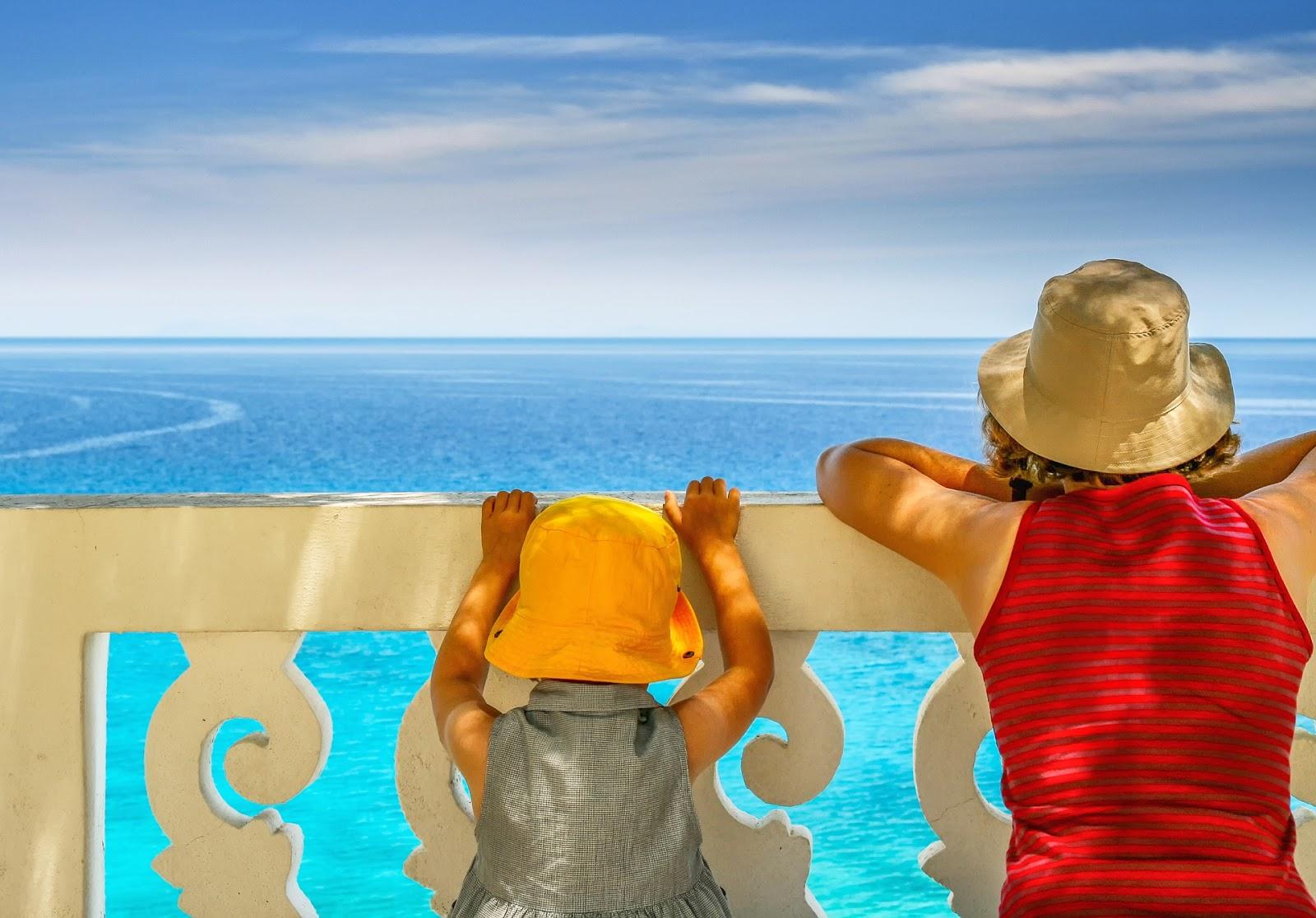 Wakacje z dziećmi za granicą - jaki hotel i jaki kraj wybrać? - .