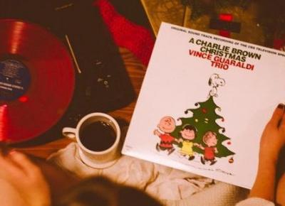 Te świąteczne piosenki musisz posłuchać!