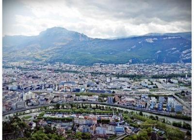Co zwiedzić w Grenoble ? Alpejskie miasto na jednodniową wycieczkę