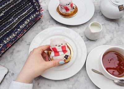 Dominique Ansel Bakery – Cronuty, ciasteczkowe kieliszki i inne cuda spod mistrzowskiej ręki – Monica Bialucci