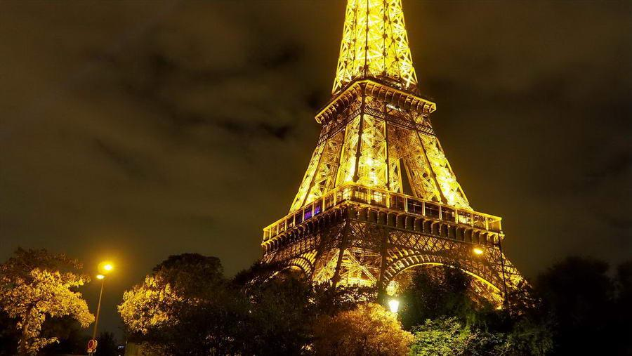 Wieża Eiffla historia i ciekawostki głównej atrakcji Paryża | Blog podróżniczy Nasze Szlaki