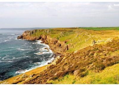 Wyprawa do Kornwalii w zachodniej Anglii. Jest to kraina wiele różniąca się od reszty wyspy, piękne plaże przyciągają tysiące turystów