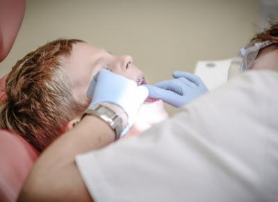 Ortodoncja dziecięca - kiedy najlepiej z dzieckiem do dentysty