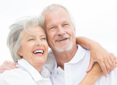 5 pomysłów na prezent dla Babci i Dziadka - Artykuły Wiadomości - NetKobiet