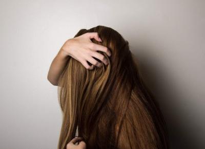 Ziołowe (i nie tylko) sposoby na łysienie plackowate