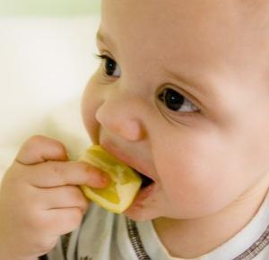 Jak oduczyć dziecko jedzenia słodyczy? – Nutrigo.pl