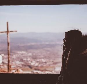 Oczami humanistki: 5 rozkmin o lekcjach religii w szkołach.