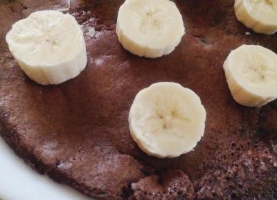 Kakaowy omlet z bananem – czyli przepis na szybkie, pożywne i zdrowe śniadanie