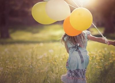 Jak zacząć cieszyć się życiem i nie patrzeć w przyszłość? - Life by Girl