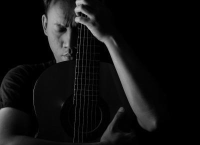 Jaka muzyka pomaga w trudnych chwilach? | Patryk Tarachoń