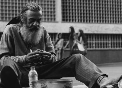 Sposób na ludzi proszących o pieniądze! | Patryk Tarachoń