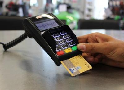 O nowoczesnych formach płatności z których będzie korzystać twoje dziecko