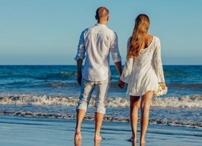 Jak zamienić wakacyjny romans w stały związek?