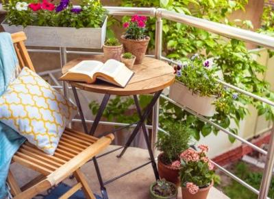 Pomysły na wiosenny balkon