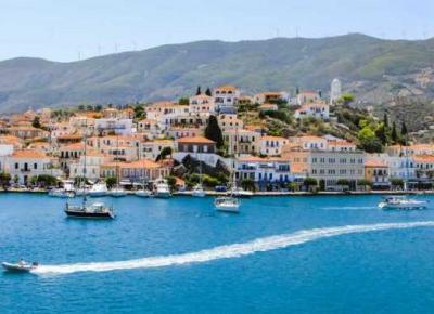 Grecka wyspa Poros – pastele pośród błękitu – Słodkim Szlakiem