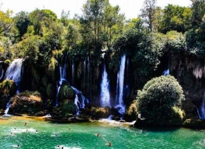 Blagaj i Wodospady Kravica – miejsca, które watro odwiedzić będąc w Bośni i Hercegowinie – Słodkim Szlakiem