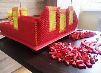 Synowerscy Studio: Dom - kolos na glinianych nogach