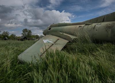 Cmentarzysko samolotów – Szary Burek