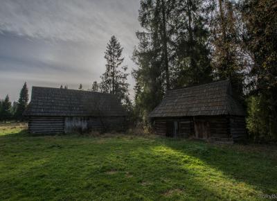 Opuszczone szałasy pasterskie – Szary Burek