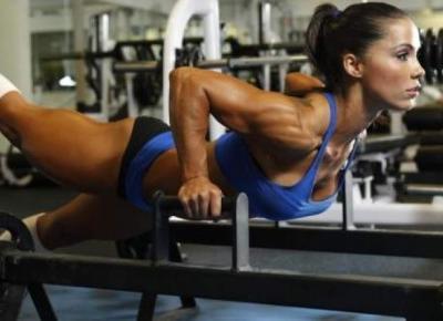 -  TAKA TROCHE  -: Moja motywacja - kobiece sylwetki ?wiata fitnessu
