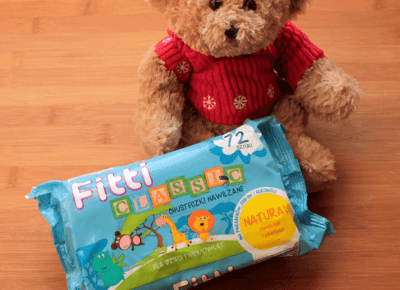 Toksyczna kosmetyczka: Chusteczki nawilżane Fitti - dlaczego warto trzymać je z dala od dzieci?