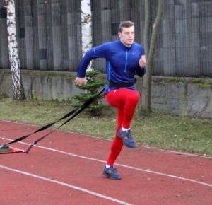 TreningTomka.pl: Dziennik treningowy - wytrzymałość szybkościowa z obciążeniem 20kg.