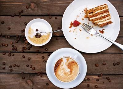Unusual Blonde : Ciasto z herbatników i kaszy manny