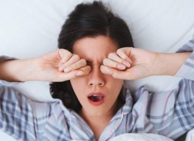 10 sygnałów że za mało śpisz 😴