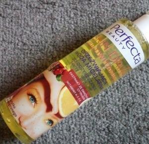 Z mojej strony lustra: Orzeźwiająca woda micelarna Perfecta Beauty Skin Drink Multiwitamina
