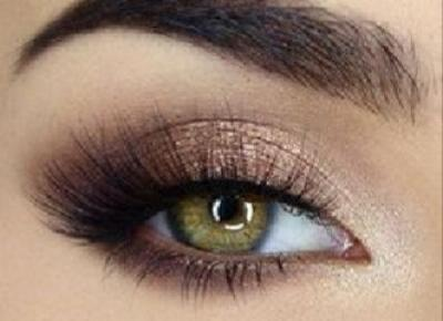 Pomysły na kolorowy makijaż oczu!
