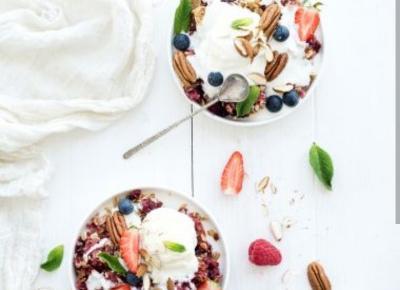 25 zdrowych posiłków, które na długo zaspokoją apetyt - Elle Sport - trendy wiosna lato 2020 - moda, uroda, modne fryzury, buty, manicure, sukienki, torebki, biżuteria, paznokcie, kosmetyki, zakupy, w