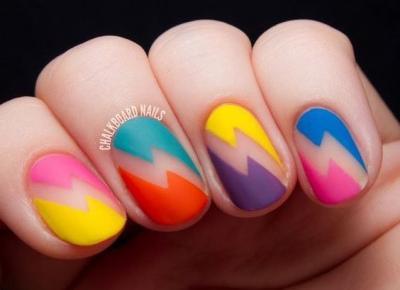 10 pomysłów na wakacyjne paznokcie!